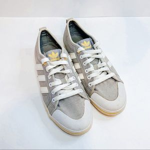 Adidas Gray White Canvas Flat Lace Up sneakers